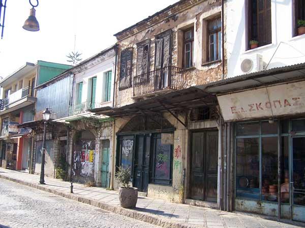Γιάννενα: Το ΕΣΠΑ μπορεί να… δώσει ζωή σε «ξεχασμένα» δημοτικά κτίρια