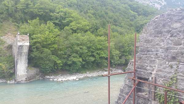 Ήπειρος: Αναφορά για το Θεογέφυρο και το γεφύρι της Πλάκας!