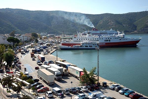 Ήγουμενίτσα: Ισχυρός κρίκος για μεταφορές στην ελληνική ενδοχώρα! το λιμάνι  της Ήγουμενίτσας