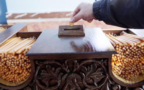 Γιάννενα: Ηλικιωμένος… ξάφριζε το παγκάρι εκκλησιών!