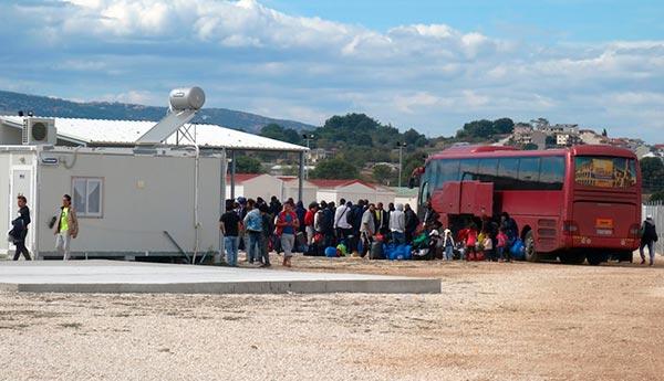 Γιάννενα: Ισοκατανομή προσφύγων στους Δήμους ζητά ο Μ. Ελισάφ