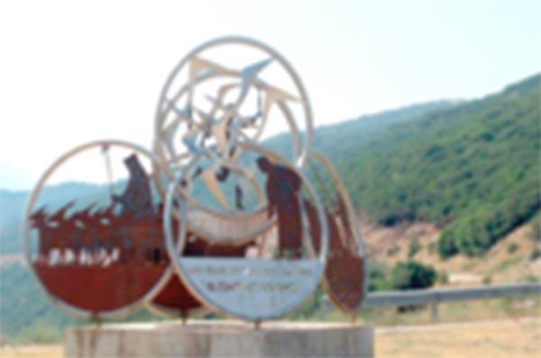 Γιάννενα: Ένας Καραγκιόζης… τριών μέτρων στο Μουσείο «Θεόδ. Παπαγιάννης»