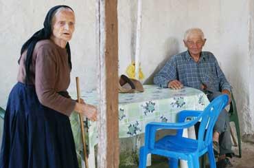 http://www.proinoslogos.gr/images/stories/FOTOGRAFIES/2011/APRILIOS_2011/04_07_2012/zeygari_deh.jpg