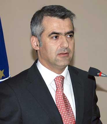 Πρόεδρος ΚΕΑΔ Βαγγέλης Ντούλες
